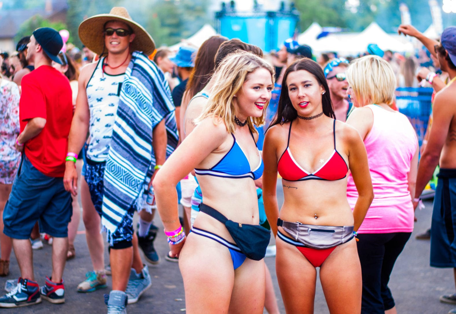 The importance of colour co-ordination should never be under-estimated. In this case, matching bikinis in complimentary colours, lets the world know that they're crew.